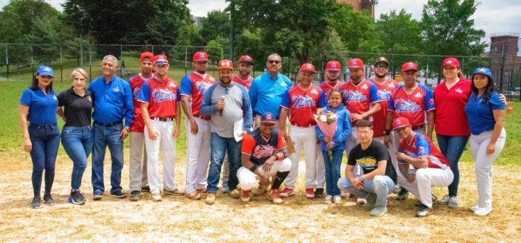 Equipo Induveca de La liga de Manzanilleros, campeones de esta séptima versión.