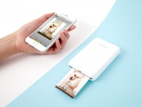 Polaroid's Zip Instant Printer is the size of your phone and wirelessly prints photos in less than a minute. From collages to instant stickers this little printer makes printing photos simple and fun. Your tech-savvy mom will love this cool little gadget!
