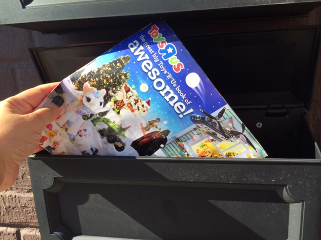 Enter the $50 Toys R Us Gift Card Giveaway - http://wp.me/p5Jjr7-qH