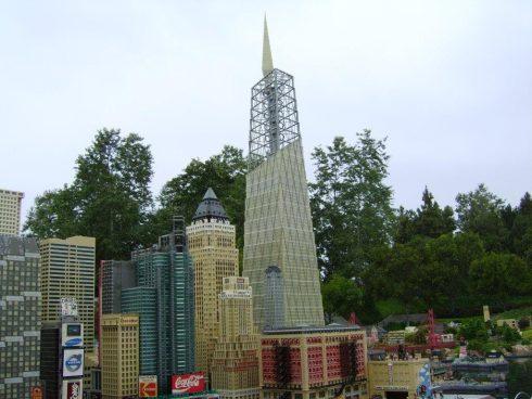 LEGOLAND California Resorts today unveiled their new LEGO One World Trade Center and Enhanced LEGO Miniland New York City!