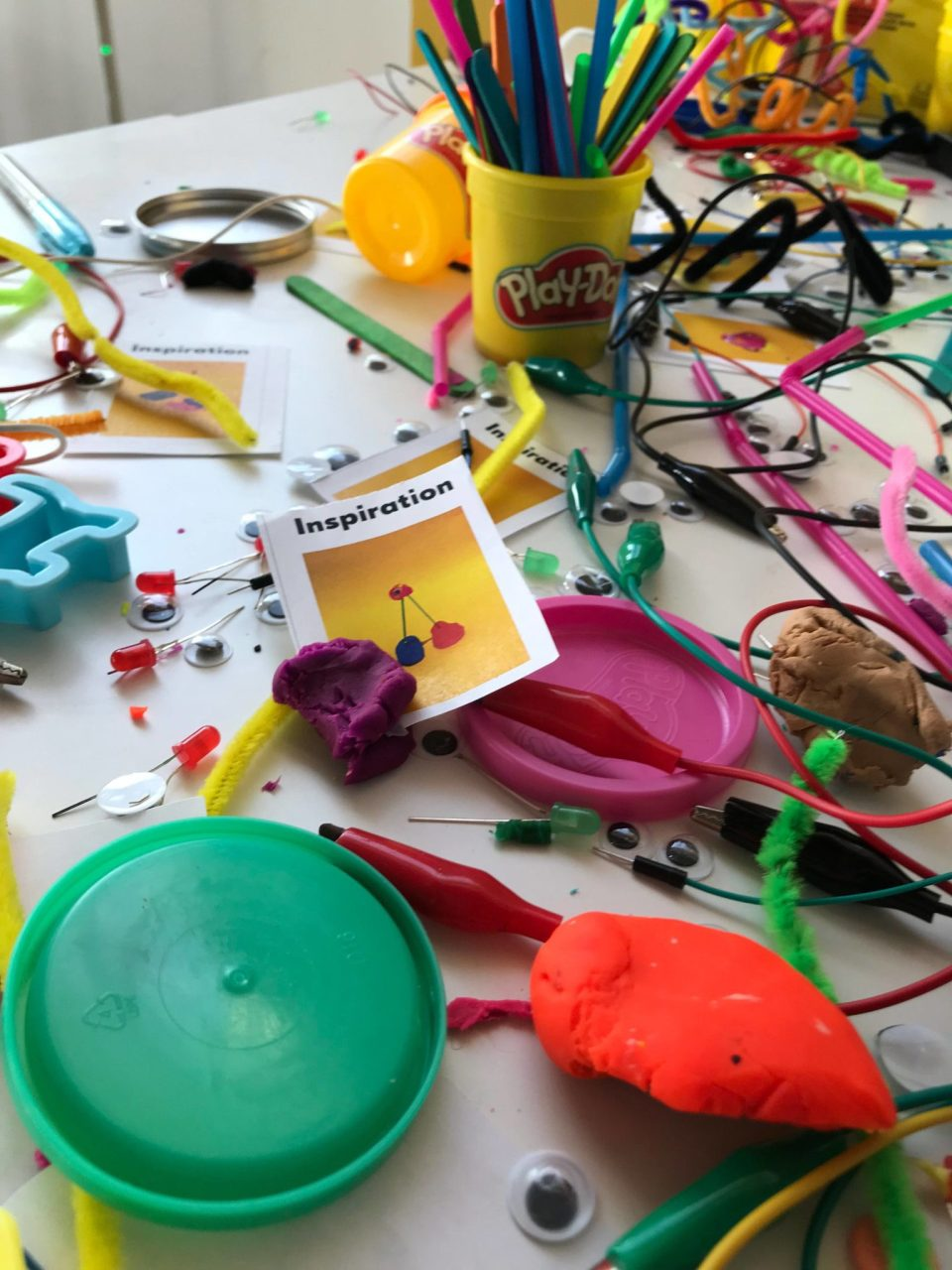 Sue's Tech Kitchen - building clay circuits