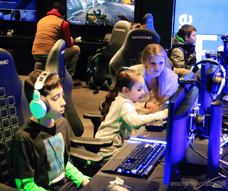 Check out the fun Minecraft experiences happening right now at a Microsoft Store near you!