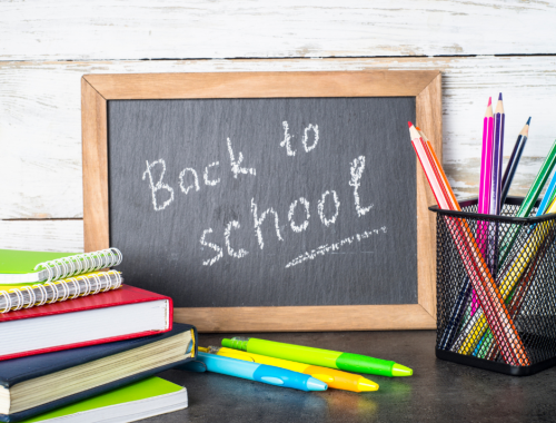 If you're wondering how to make the transition back to school an easier one, here are 5 easy tips to get ready for back to school right now!