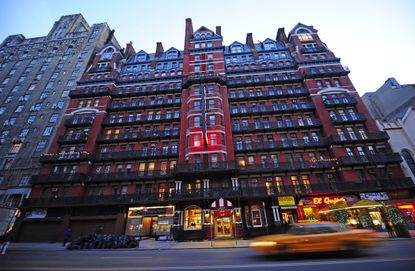 The Lure Of Hotel Chelsea And The Stories Of Those Who Were Pulled In New York Daily News