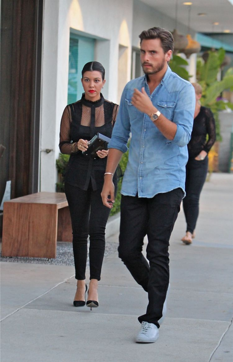Kourtney Kardashian, Scott Disick step out looking solemn ...