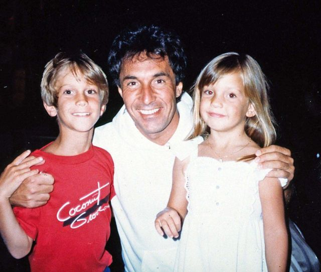 Oliver Hudson Happy Abandonment Day Post Led To Reconciliation