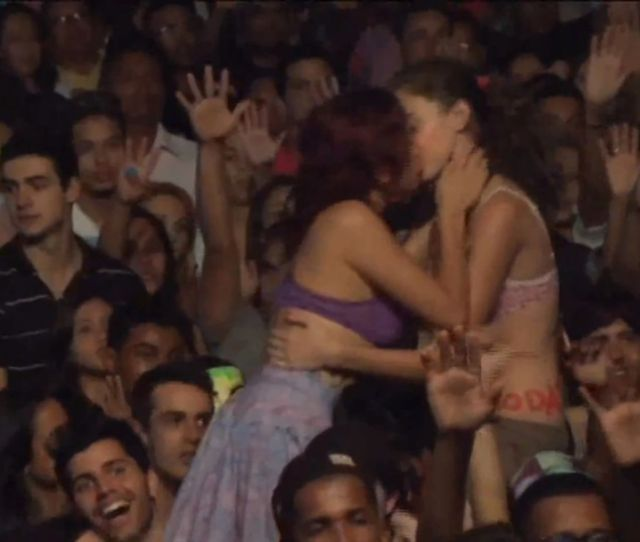 Two Brazilian Women Arrested For Lesbian Kiss At Religious Festival Report