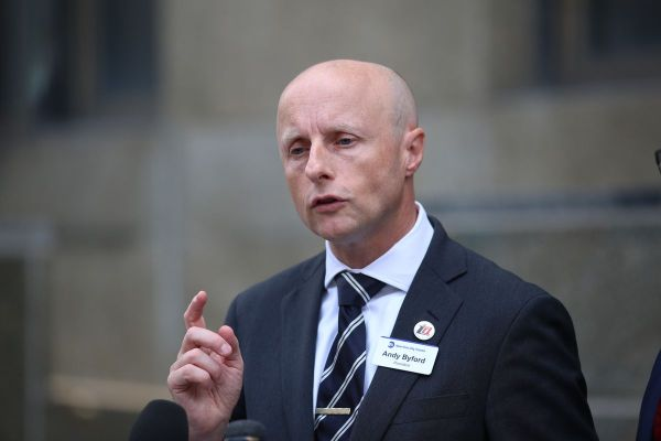 They pull him back in! NYC Transit chief Andy Byford rescinds letter of resignation submitted last week amid struggle with Gov. Cuomo: sources
