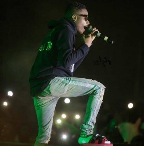 Wizkid Explains Why He Wore Slippers During Performance at Glo Concert In Ghana