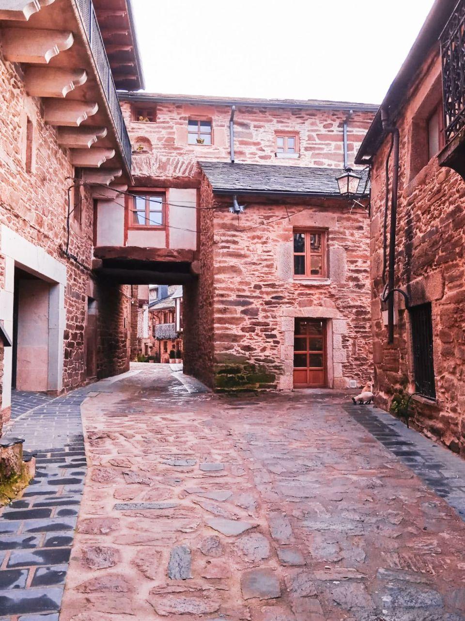 Puebla de Sanabria, casas