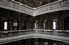 abandoned-atrium-011