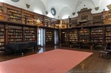 pricvate-library-1-007