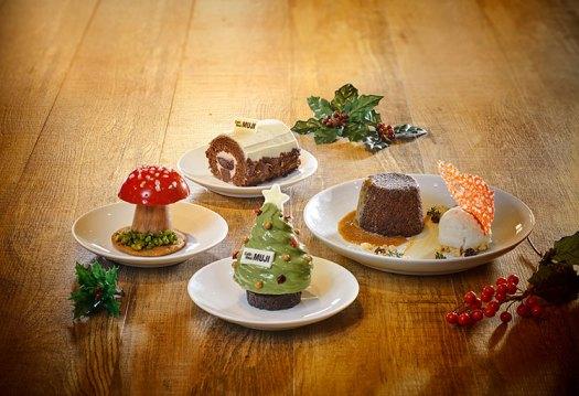 Enjoy $2 off Festive Desserts till 4 December 2019!