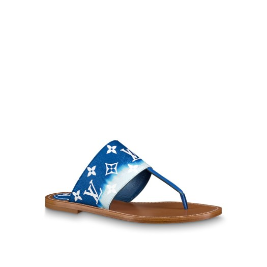 Flat thong LV Escale in Monogram canvas, $1,210