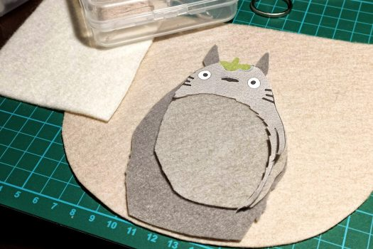 Close-up of my sewing lit with a desk light (trying my hand at that sold-out Loewe Totoro bag that no one could get their hands on). The texture of the felt is gorgeous in this picture.