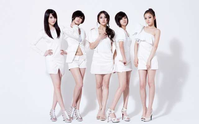 best-kpop-groups-kara