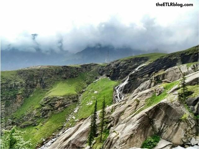 ladakh road trip - Rohtang La pass