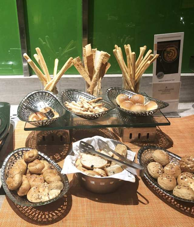 Welcom Hotel ITC Hotel bengaluru - buffet bread