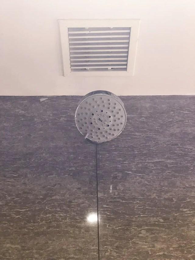 Welcom Hotel ITC Hotel bengaluru - shower