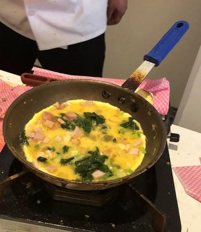Luxe Sunset Boulevard Hotel - Easter Brunch Buffet - Omelette 3