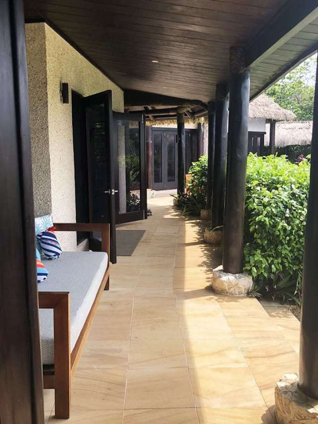3 BEDROOM LUXURY VILLA IN FIJI WITH PRIVATE POOL - hallway