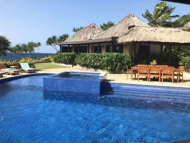 3 BEDROOM LUXURY VILLA IN FIJI WITH PRIVATE POOL - master pool view