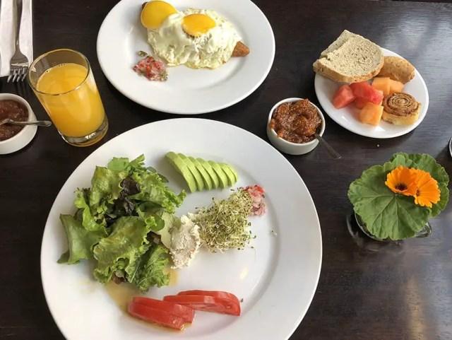 el albergue ollantaytambo - breakfast 4