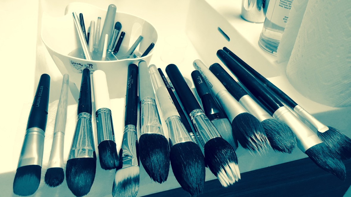 nyminutenow beauty makeup brushes