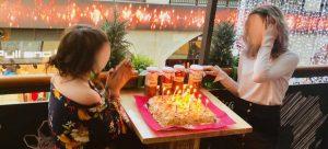 cumpleaños con tarta en nyri escuela de cocina