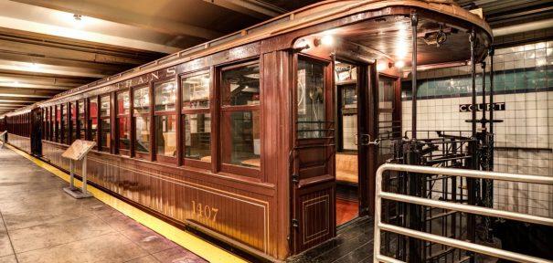 Transit Museum Platform