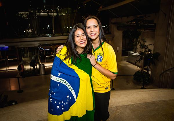 Co-Presidents of the NYU Brazilian Society, Isabela Fonseca and Steph anie Queiroz,showcase their national spirit.