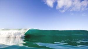 オフショアとオンショアの違い【サーフィンに風向きが大事な理由】