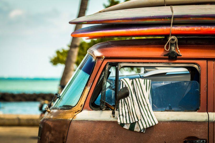 サーフィンにハマるとやめられない理由とは