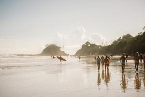 サーフィンの上達がずば抜けて早いサーファーの特徴5選