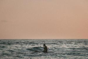 サーフィンでよくあること14選【サーファーあるある】