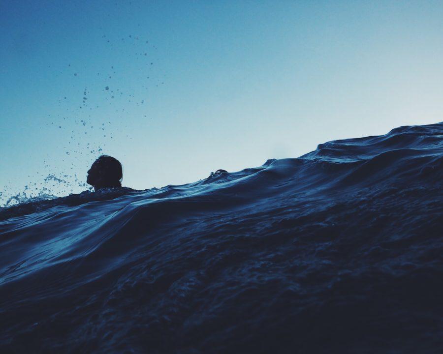 波を越え続ければ必ず沖にたどり着く