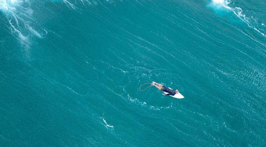 波のサイズがある時のパドルアウトはショートボードの方が簡単