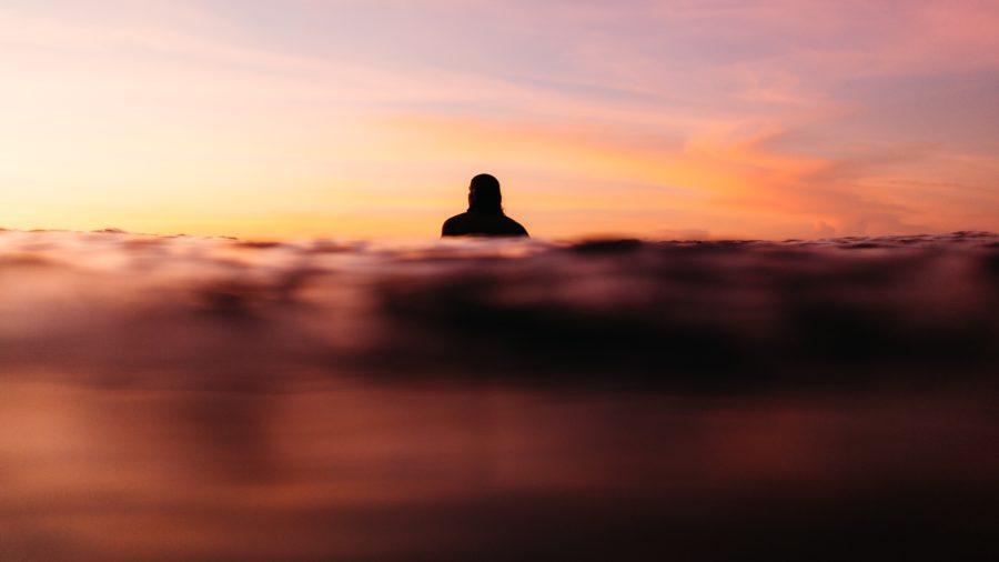 サーフボードに座ると得られる利点