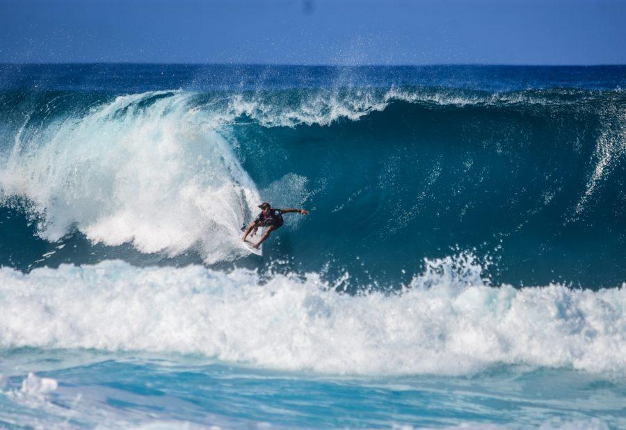 サーフィンは恐怖に打ち勝たなければ始まらない