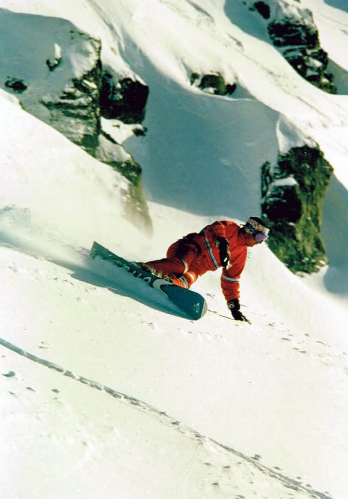 A throwback snowboard photo with Chris Scholes from the 90s at Ruapehu