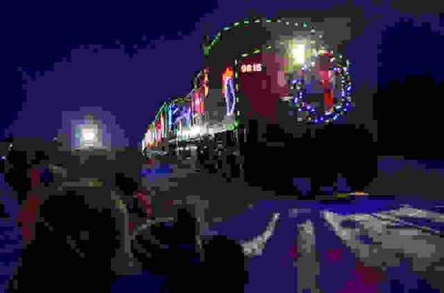 holiday-train-8.jpg