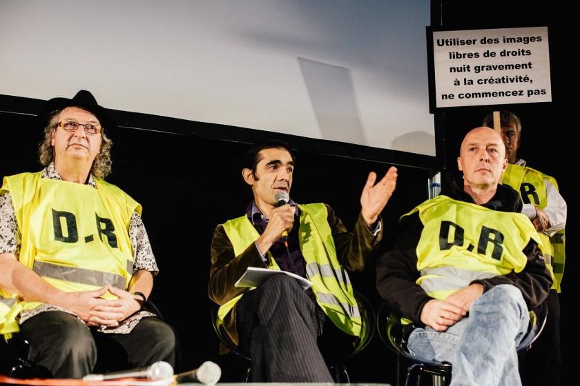 Intervention de Xavier Zimbardo, Carloz Munoz et Frederic Buxin dans le cadre d'un débat organisé par Freelens, l'UPC et la SAIF au Salon de la Photo de Paris le 16 octobre 2009. Ils intervenaient sur la problématique des images DR et des images libres de droits.