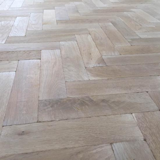P124 16 Sandy Lane Tumbled Parquet Flooring  size 16x70x280mm   Oak     P124 16 Sandy Lane Tumbled Parquet Flooring  size 16x70x280mm