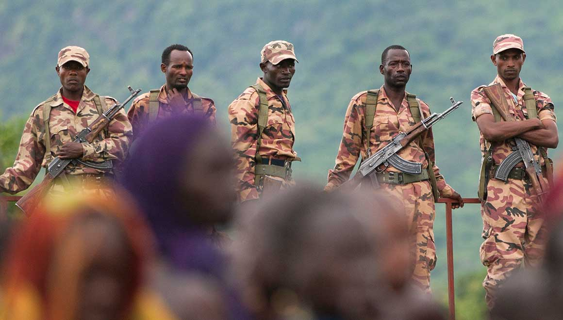 Ethiopian army soldiers monitoring Suri people during a festival in Kibish. Credit: Oakland Institute.