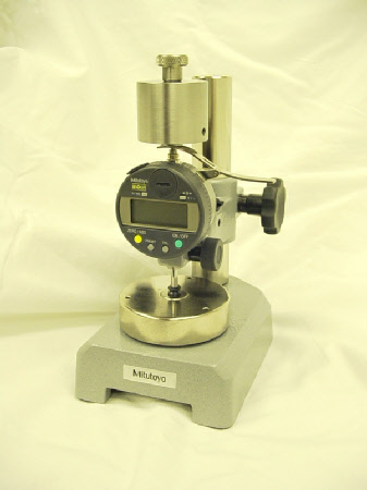 Series 543 Dead Weight Micrometer