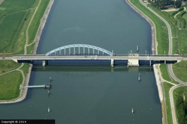 Figure 15, Bridge in Zuid-Beveland (The Netherlands).