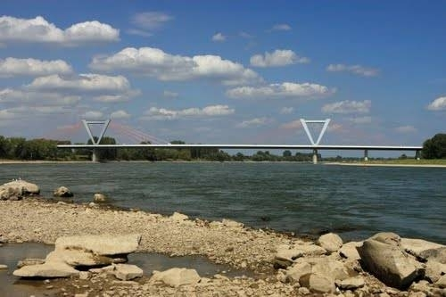 Figure 19. The Ilverich Bridge in Dtisseldorf-North (Germany)