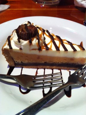 Hooters Peanut Butter Pie is no more