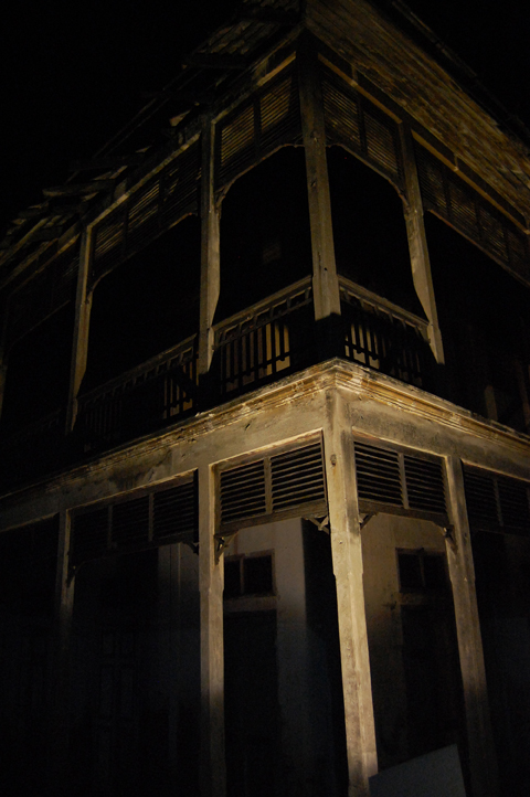 Asiatique creepy house - Bangkok - Thailand