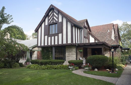 Chevron-esque: This home in River Forest, owned by realtor Carol Bartels, was built in 1931 and designed by architect R. Harold Zook, who is known for his many homes in Hinsdale and the design of the Pickwick Theatre in Park Ridge. (DAVID PIERINI/Staff Photographer)